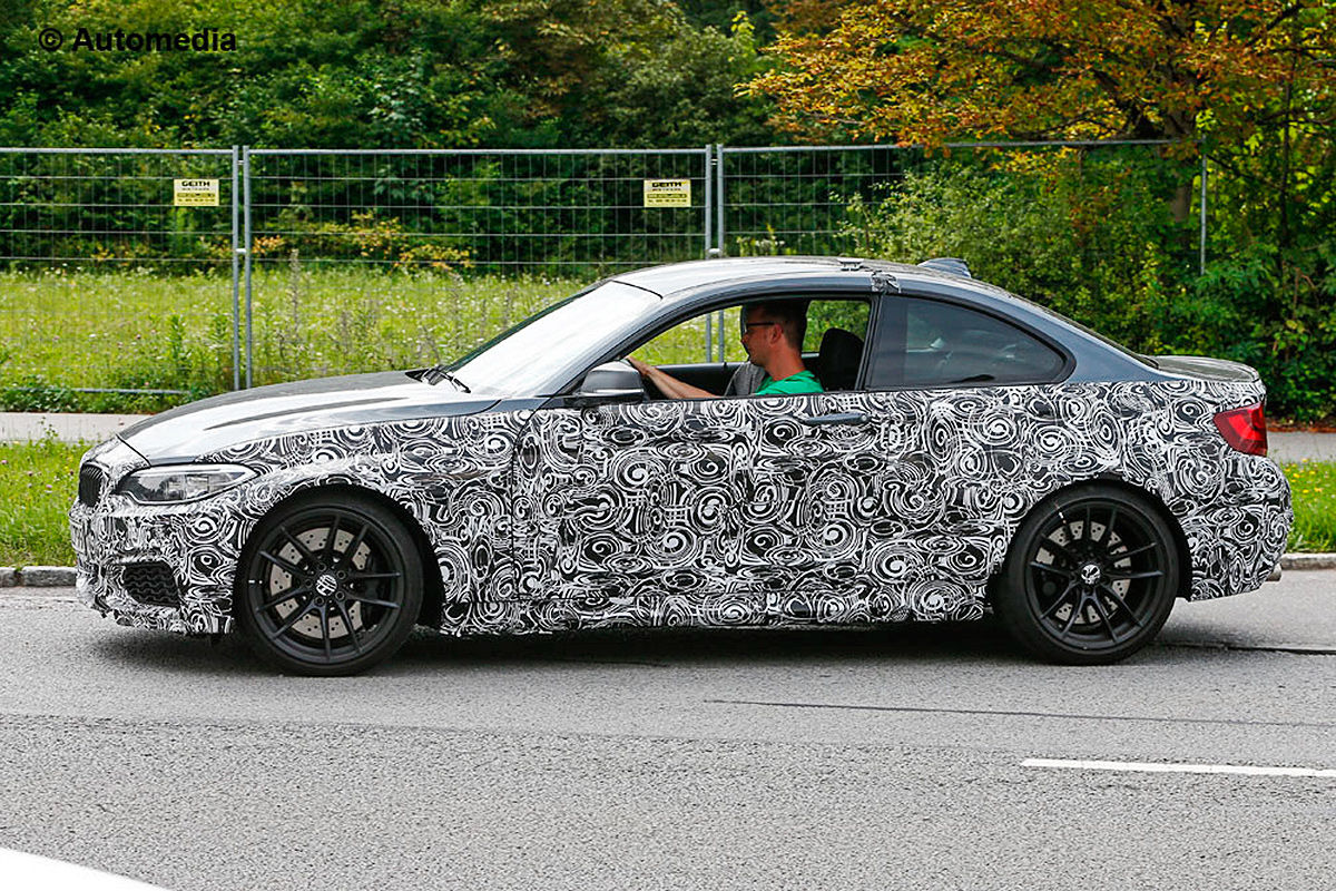 More BMW M2 Prototypes Spotted Testing Tire Sizes and Quad Exhaust