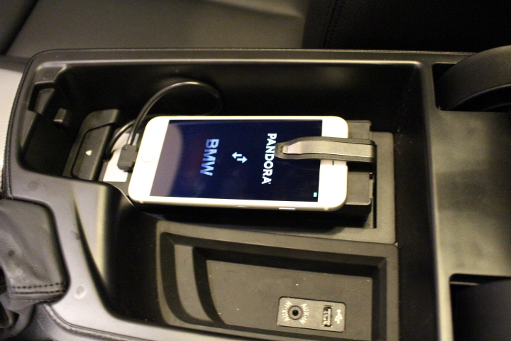 The Apple IPhone Universal Snapin Adapter Full Review - Audi iphone 6 car cradle