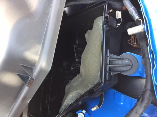 B58 Airbox foam - babybmw net