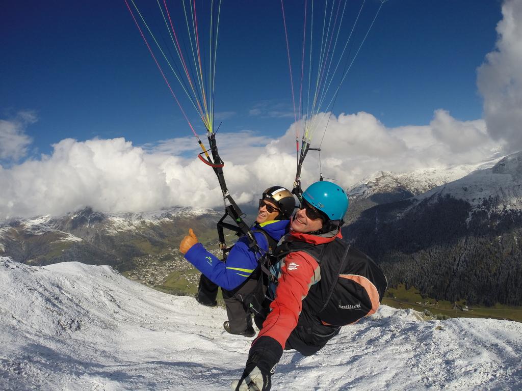 Name:  Joyride_Paragliding_Matt_0023.jpg Views: 2231 Size:  429.4 KB