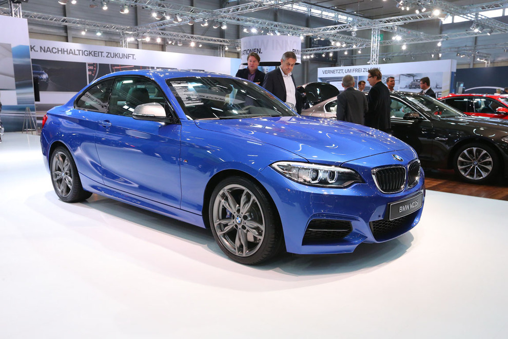 Name:  Vienna-Autoshow-2014_1389828349136353.jpg Views: 21407 Size:  212.5 KB