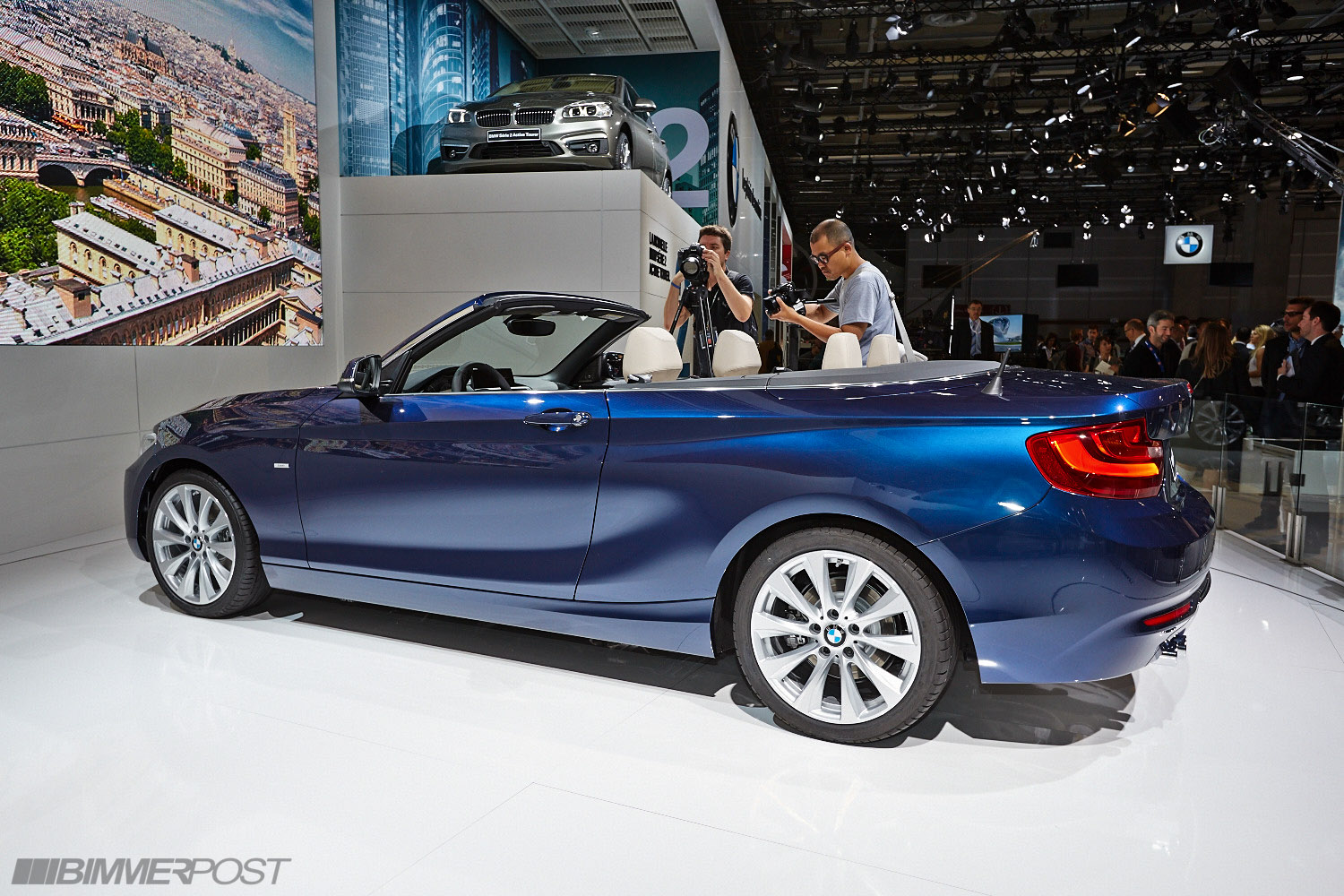 Paris 2014 bmw 2 series convertible world premiere for Convertible paris