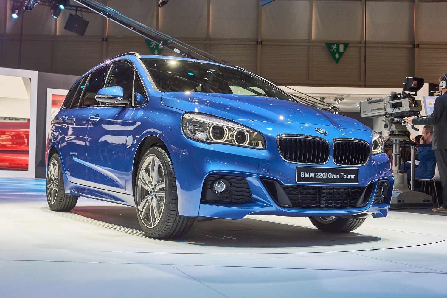 geneva 2015 bmw 2 series gran tourer world debut. Black Bedroom Furniture Sets. Home Design Ideas
